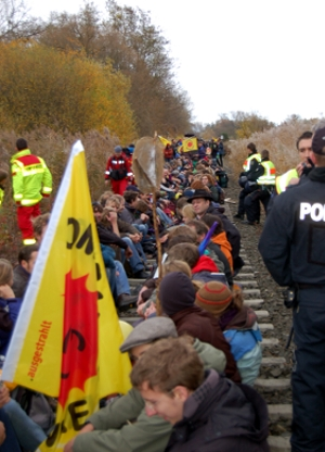 Successful CASTOR blockade at Franco-German border